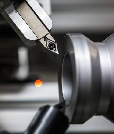Lavorazioni pezzi meccanici con macchine CNC